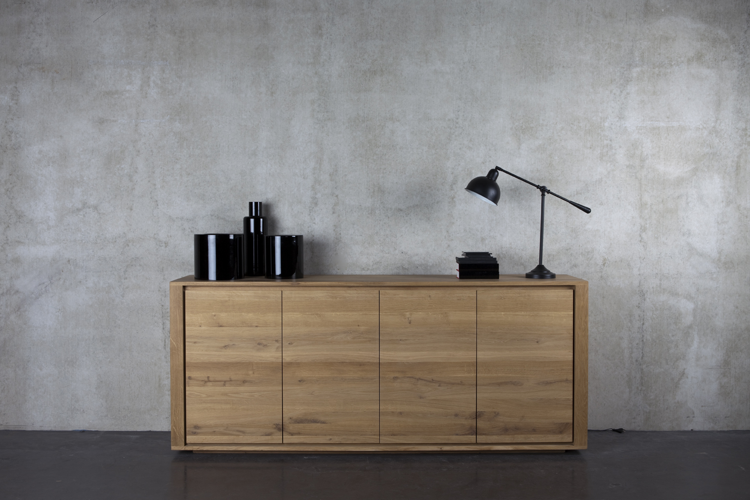 ethnicraft oak shadow 250 cm sideboard teakwoodstore24. Black Bedroom Furniture Sets. Home Design Ideas