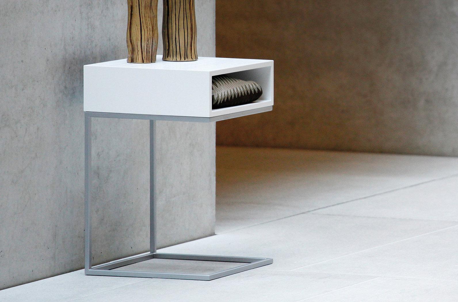 jan kurtz tisch dina beistelltisch restposten teakwoodstore24. Black Bedroom Furniture Sets. Home Design Ideas