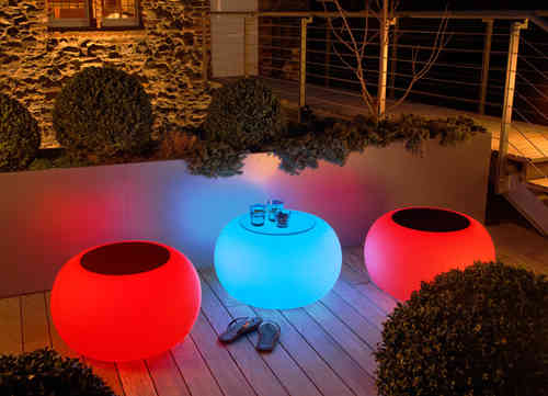 Moree Bubble Outdoor LED Leuchttisch mit Glasplatte - Hocker